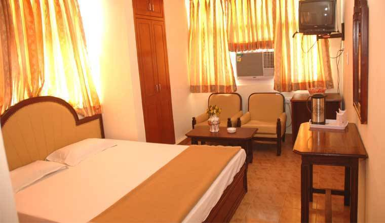 Hotel Harjas Palace, New Delhi, India, India hostels and hotels